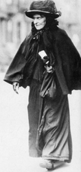 Hetty Green often wore a simple black dress which she never washed