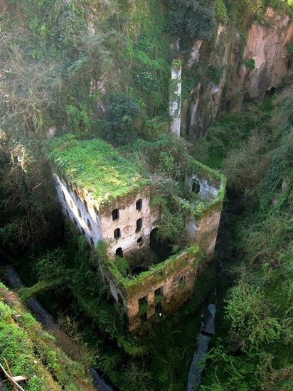 Abondoned mill in Sorrento, Italy