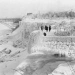 Frozen Niagara Falls circa 1911/2