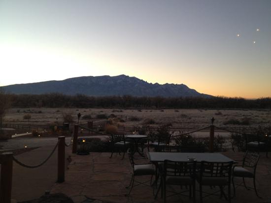 Triangular lights above Santa Ana Pueblo, New Mexico