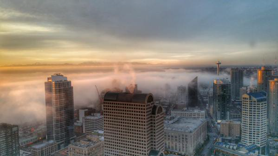 Gates of Hell opened? Mysterious sulfur-smelling fog envelopes city of Seattle in dense, smelly fogbank