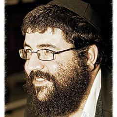 Rabbi Michael Oishie of the Giymat Rosa Synagogue