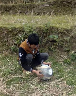 Mysterious metallic sphere found in Vietnam