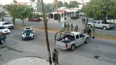 Military move in to capture El Chapo