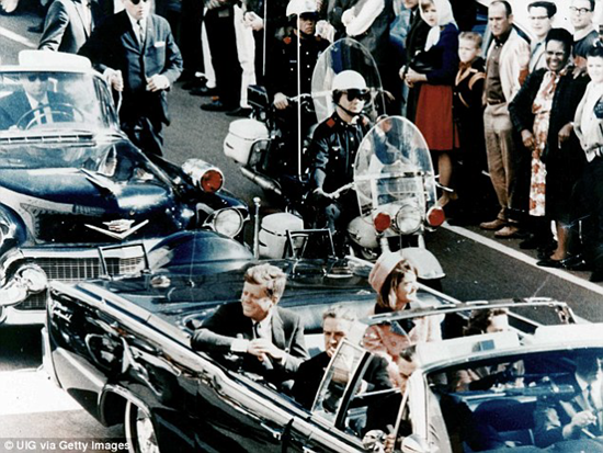 JFK in the Dallas motorcade shortly before being assassinated