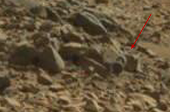 Unexplained wheels and axle found in NASA Mars photograph