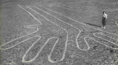 Nazca Lines - The hands as seen from the ground