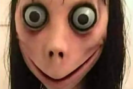 "Police warn bizarre WhatsApp ""MoMo Challenge"" is causing teens around the world to commit suicide"